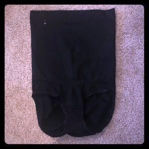 NWOT SPANX Black High Waist Butt Lifting Shaper L
